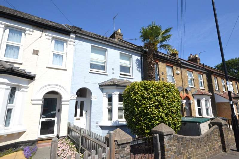 4 Bedrooms House for sale in Inwood Road, Hounslow, TW3
