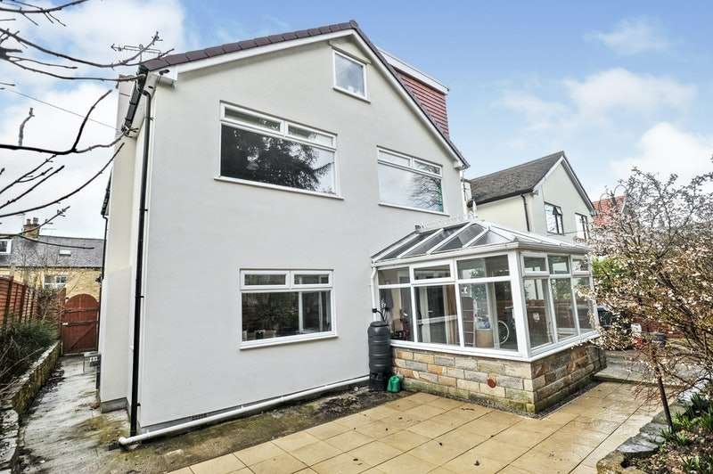 5 Bedrooms Detached House for sale in Leyburn Grove, Bingley, West Yorkshire, BD16