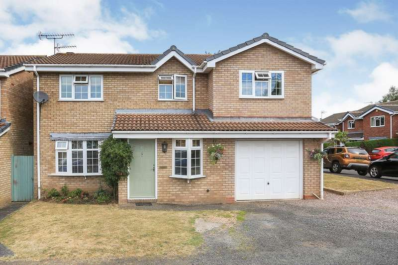 5 Bedrooms Detached House for sale in Raglan Avenue, Wolverhampton, West Midlands, WV6