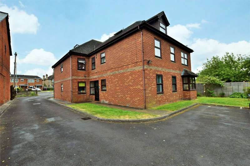 2 Bedrooms Apartment Flat for sale in Berwyn House, 170 Whitley Wood Road, Reading, Berkshire, RG2