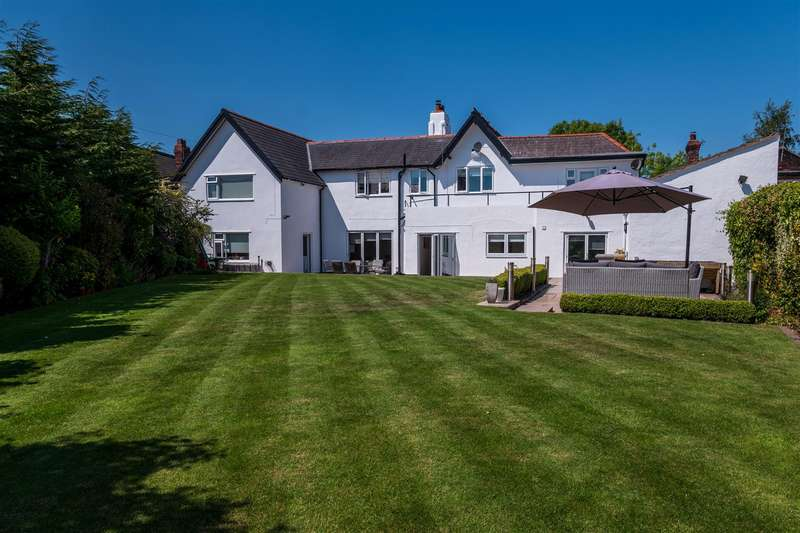 5 Bedrooms Detached House for sale in The Old School, Windmill Lane, WA4
