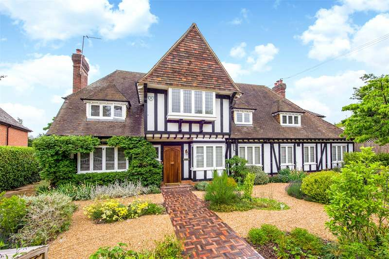 5 Bedrooms Detached House for sale in Drax Avenue, London, SW20