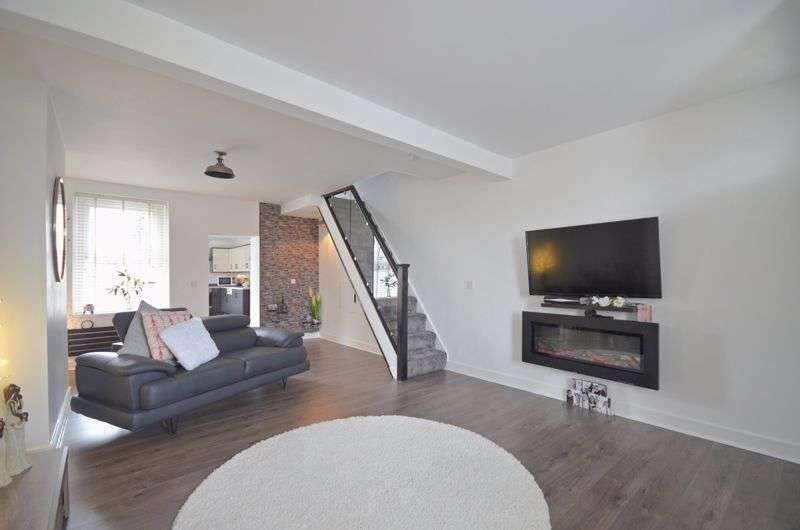 2 Bedrooms Property for sale in Main Street, Frizington