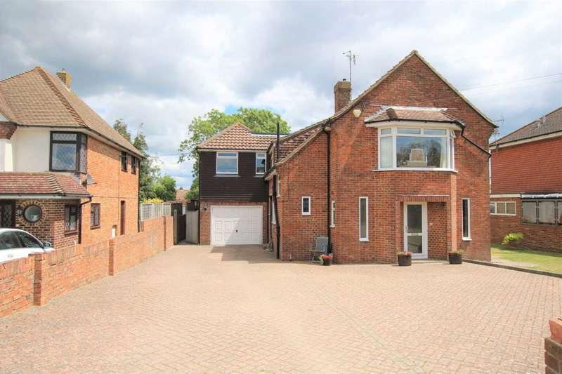 5 Bedrooms Detached House for sale in Wannock Lane, Willingdon