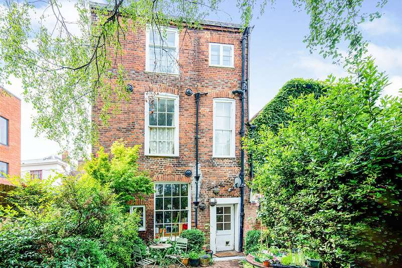 4 Bedrooms House for sale in Best Lane, Canterbury, Kent, CT1