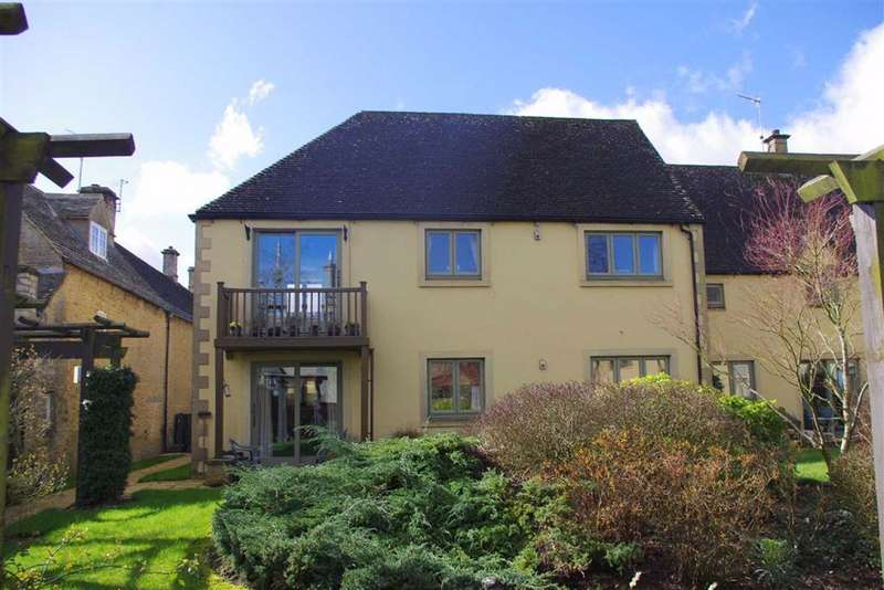 2 Bedrooms Flat for sale in Chardwar Gardens, Bourton-on-the-Water, Gloucestershire