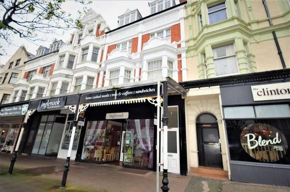5 Bedrooms Property for sale in Vaughan Street, Llandudno