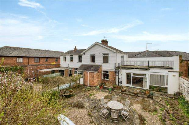 4 Bedrooms Detached House for sale in Kenilworth Road, Leamington Spa, Warwickshire
