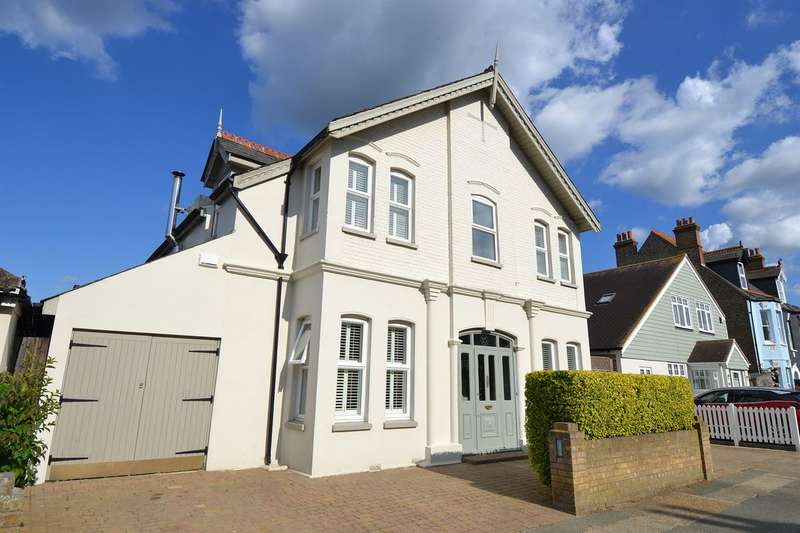 5 Bedrooms Detached House for sale in Wynn Road, Tankerton, Whitstable