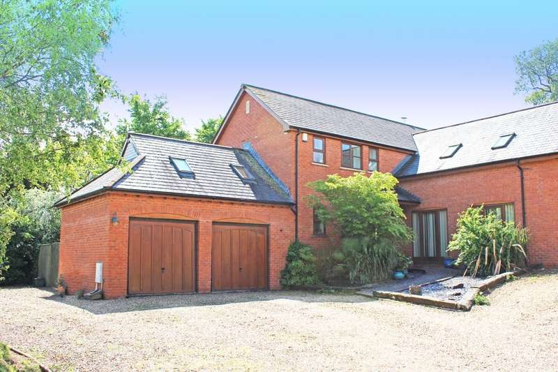 5 Bedrooms Detached House for sale in Exeter Road, Newton Poppleford, Sidmouth, EX10