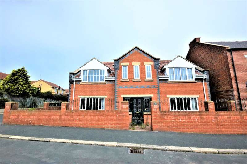 4 Bedrooms Detached House for sale in Station Road, Seaham, County Durham, SR7 0AD