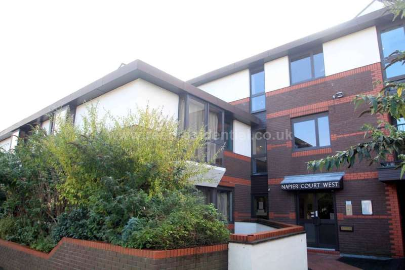 1 Bedroom Apartment Flat for sale in Gordon Place, Southend on Sea