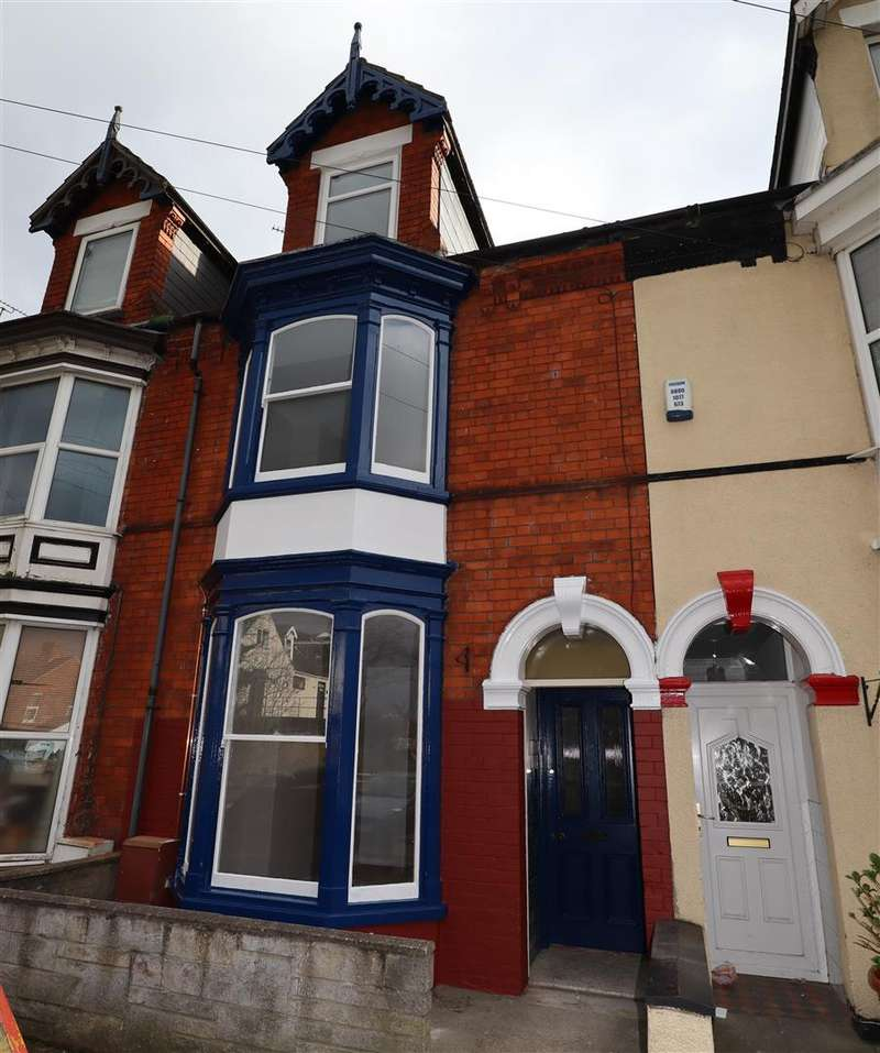 4 Bedrooms Terraced House for sale in Boultham Avenue, Lincoln