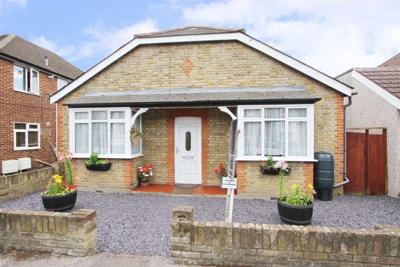 3 Bedrooms Detached Bungalow for sale in Bellclose Road, West Drayton
