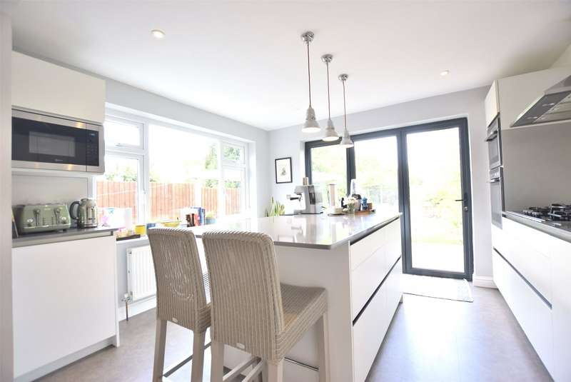 3 Bedrooms Semi Detached House for sale in Lyefield Road West, Charlton Kings, Cheltenham, Gloucestershire, GL53