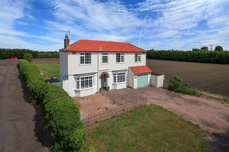 4 Bedrooms Detached House for sale in Westering, Poulders Road, Sandwich