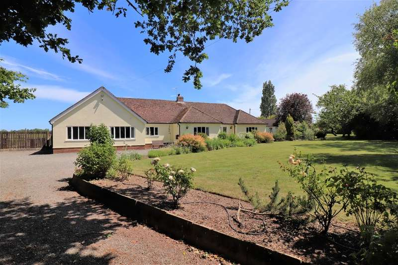 4 Bedrooms Detached Bungalow for sale in Chattisham, Ipswich, Suffolk, IP8 3QG