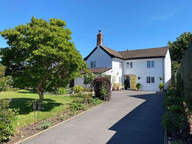 4 Bedrooms Property for sale in Hawkeridge Hawkeridge, Westbury
