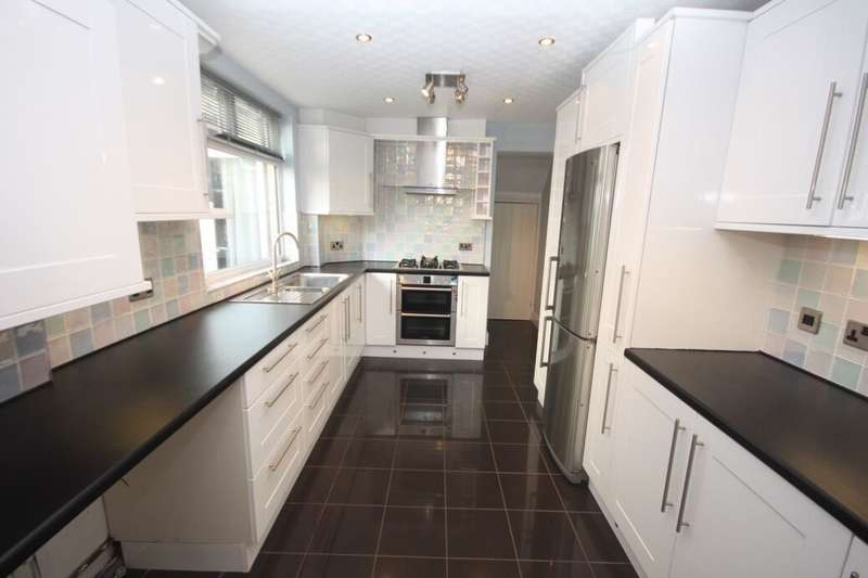 3 Bedrooms Terraced House for sale in Hedley Street, Guisborough, TS14
