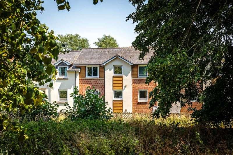 1 Bedroom Flat for sale in Kings Meadow Court, Lydney