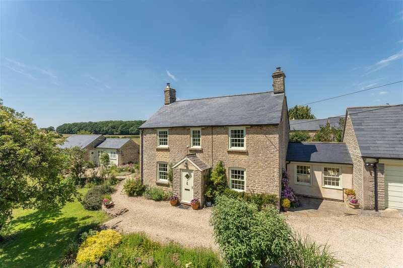 5 Bedrooms Detached House for sale in Mill Lane, Corston