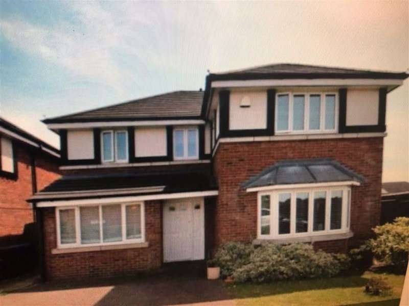 4 Bedrooms Detached House for rent in Snowdon Drive, Cheadle Hulme Cheadle