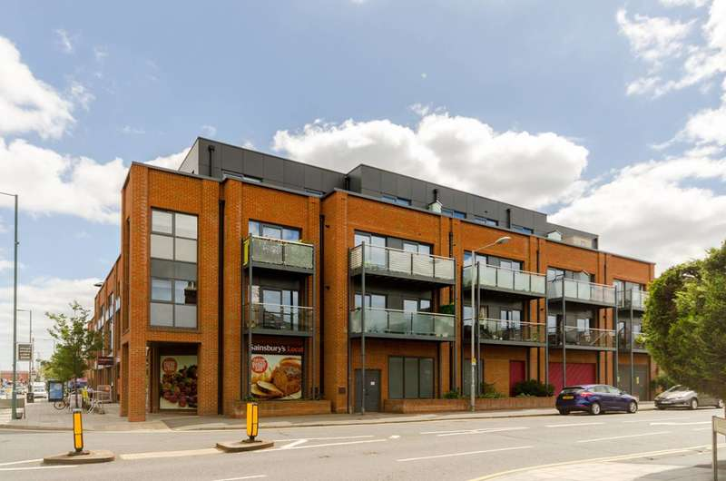 1 Bedroom Flat for rent in Red Lion Road, Tolworth, KT6