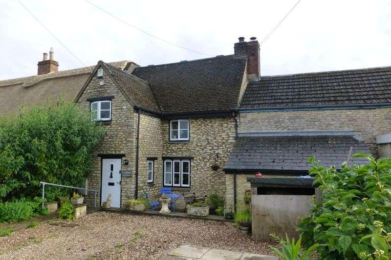 2 Bedrooms Property for sale in , Juniper Hill, Juniper Hill Brackley