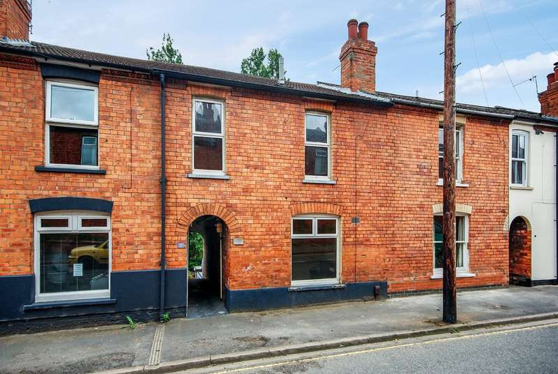 2 Bedrooms Terraced House for rent in Alexandra Terrace, Lincoln LN1
