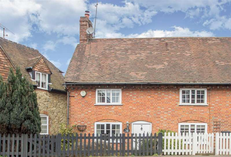 2 Bedrooms Semi Detached House for sale in High Street, Westerham
