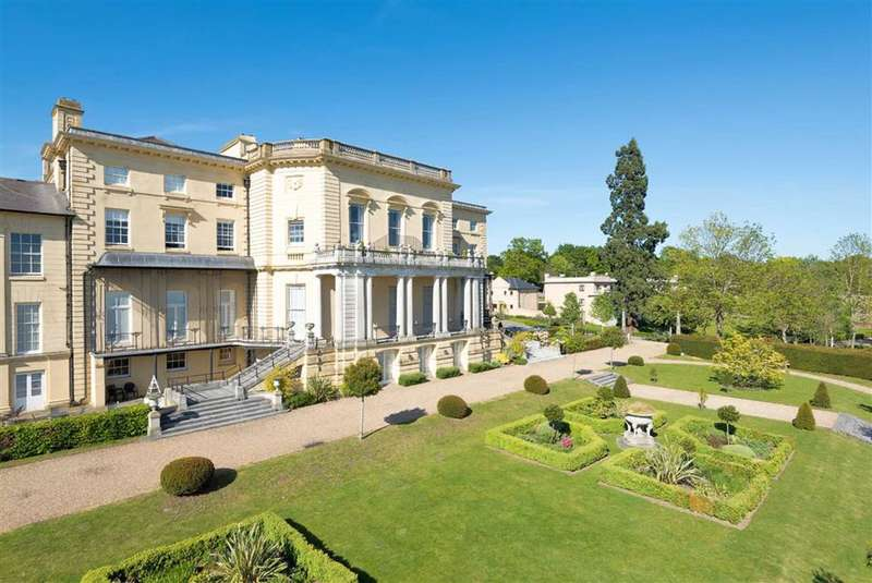 3 Bedrooms Penthouse Flat for sale in Mansion House Drive, Stanmore, Middlesex