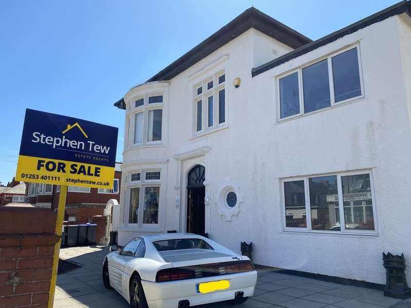 10 Bedrooms Detached House for sale in Empress Drive, North Shore