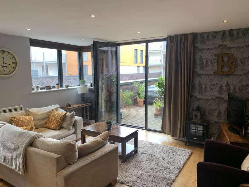 2 Bedrooms Apartment Flat for sale in Advent Way, Manchester, Greater Manchester, M4