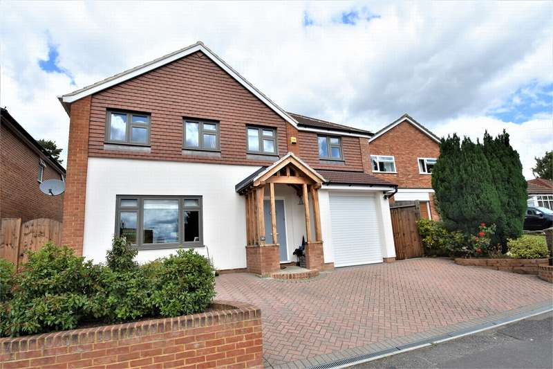 4 Bedrooms Detached House for sale in Mount Pleasant Close, LIGHTWATER, Surrey