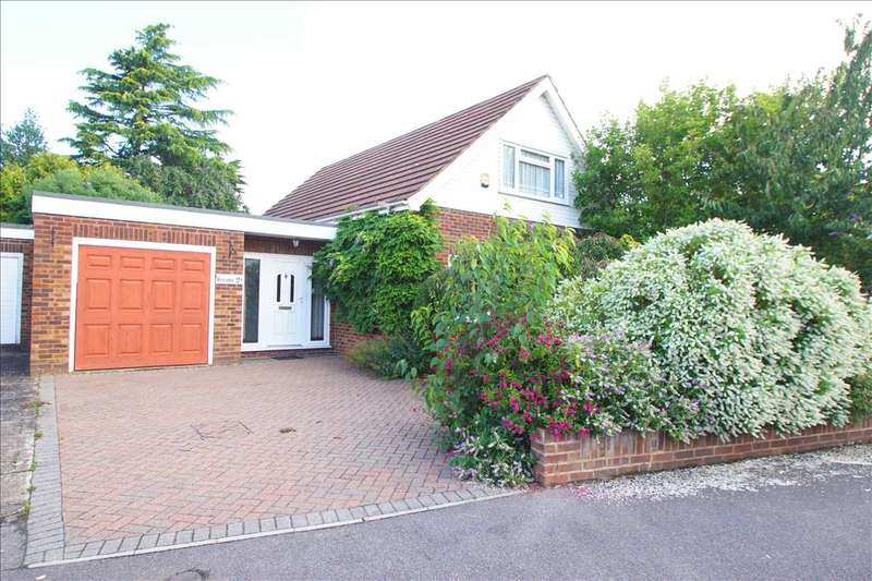 4 Bedrooms Detached House for sale in Royston Way, Burnham