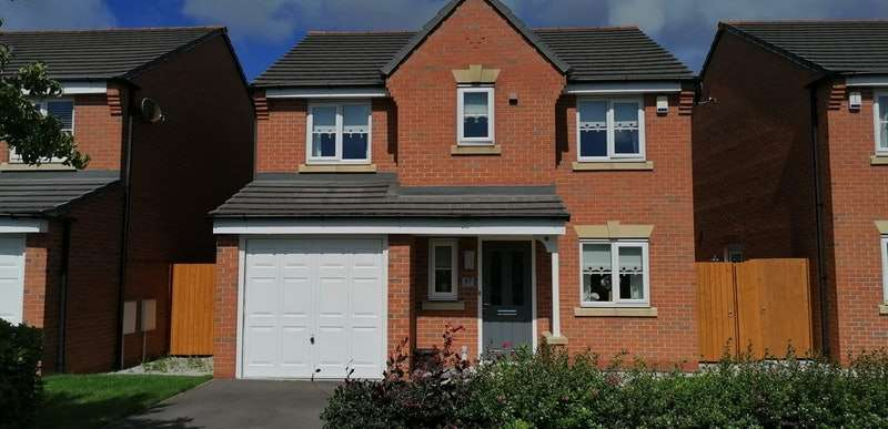4 Bedrooms Detached House for sale in Westfields Drive, Bootle, Merseyside, L20