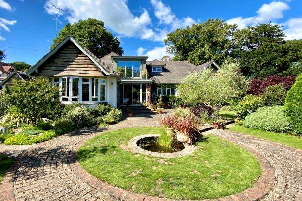 3 Bedrooms Detached House for sale in Orchard Close, Manor Road, Sidmouth, Devon