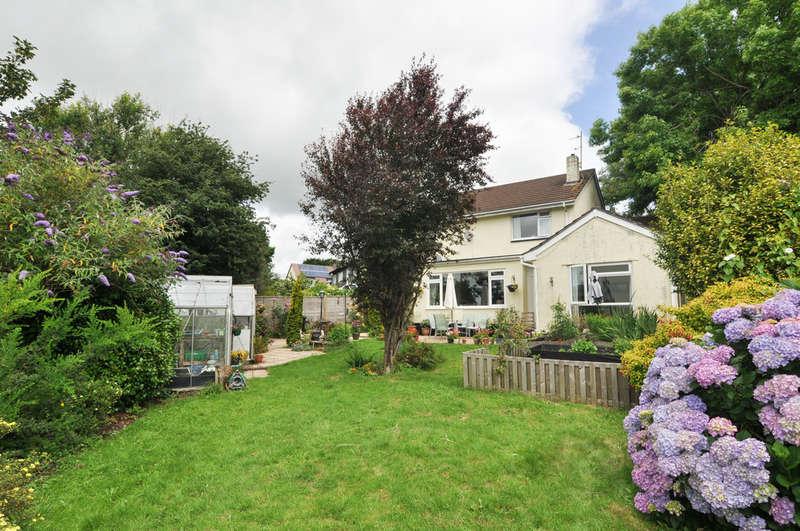 5 Bedrooms Semi Detached House for sale in Sanderspool Cross, South Brent