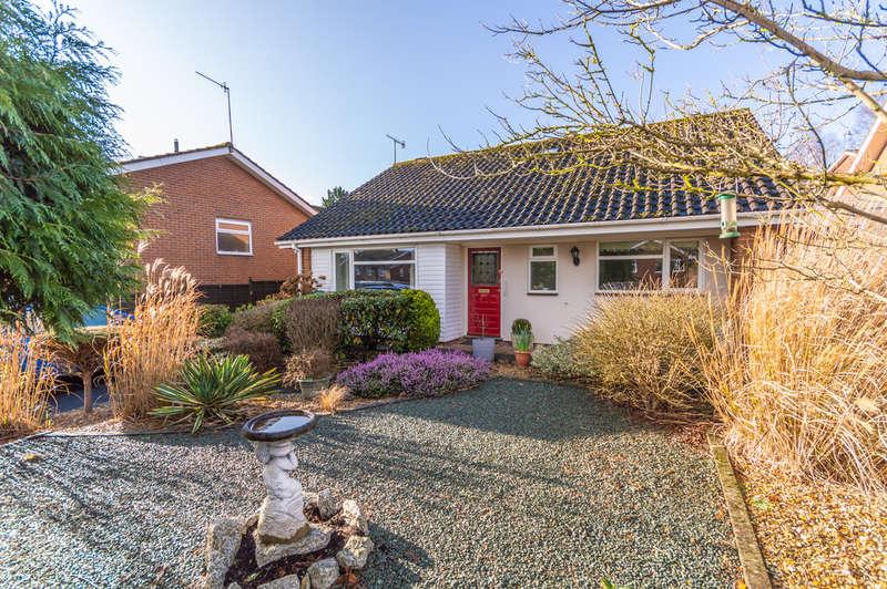 2 Bedrooms Detached Bungalow for sale in Sandbourne Drive, Bewdley
