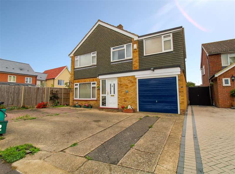 4 Bedrooms Detached House for sale in Springbank Avenue, Lawford, Colchester