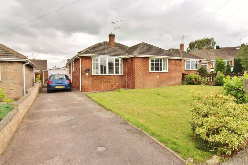 3 Bedrooms Detached Bungalow for sale in Ryton Avenue, Wombwell, Barnsley, S73