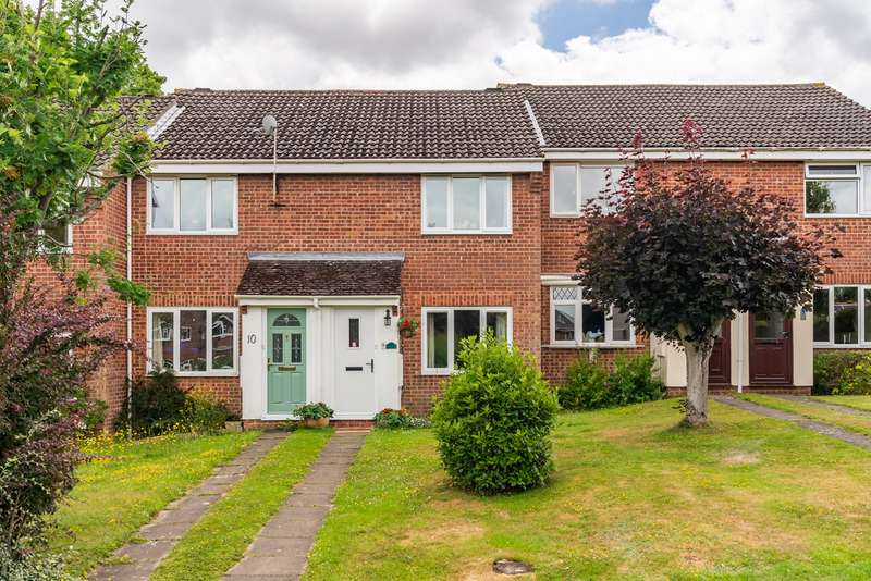 2 Bedrooms Terraced House for sale in Mercury Gardens, Hamble, Southampton, Hampshire. SO31 4NZ