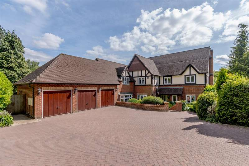 5 Bedrooms Detached House for sale in Plymouth Road, Barnt Green, Worcestershire