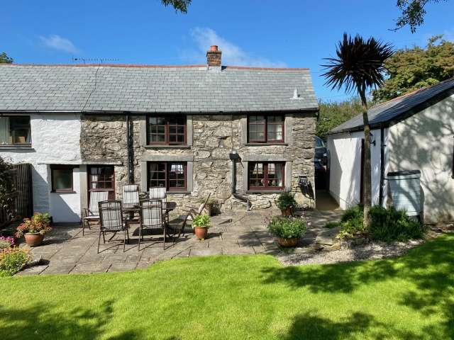 3 Bedrooms Semi Detached House for sale in Port Isaac
