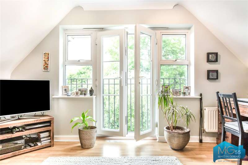 2 Bedrooms Apartment Flat for sale in Ludlow Court, 77 Brookhill Road, New Barnet, London, EN4