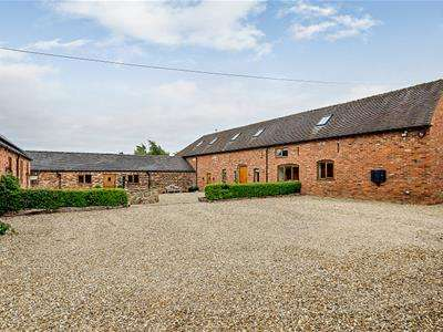 6 Bedrooms Barn Conversion Character Property for sale in Wood Lane, Gratwich, Uttoxeter