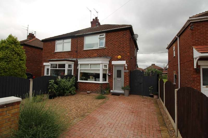Property for sale in Crompton Avenue, Sprotborough DN5
