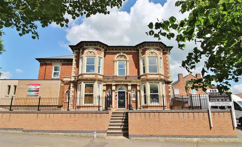 2 Bedrooms Apartment Flat for sale in Three, The Lodge Apartments, 40 Barrowby Road, Grantham