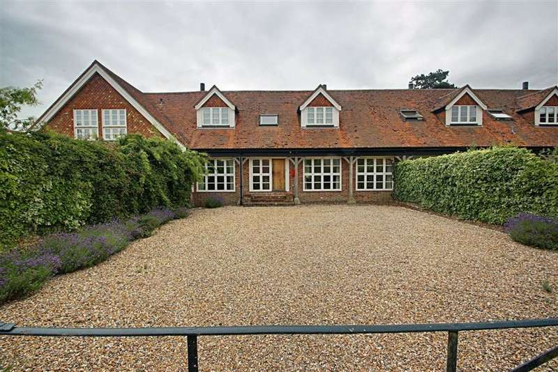 4 Bedrooms Barn Conversion Character Property for sale in Tring, Hertfordshire