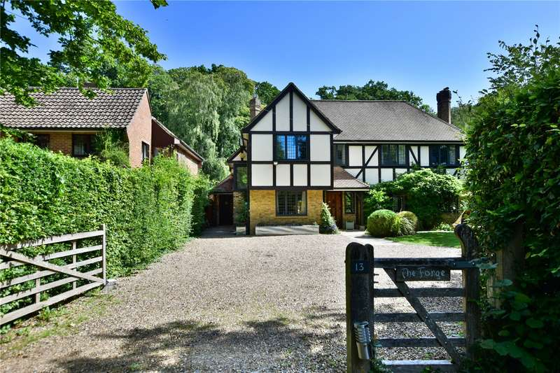 6 Bedrooms Detached House for sale in Chalfont Lane, Chorleywood, Hertfordshire, WD3